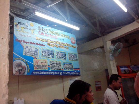 Warung Bakso Bakwan Malang Cak Su Kumis di Rawamangun